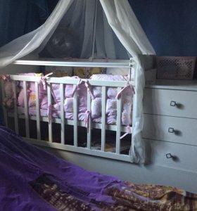Детская кроватка+матрас+балдахин
