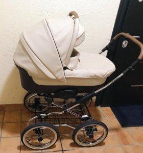 Детская коляска-люлька Navington Caravel Royal
