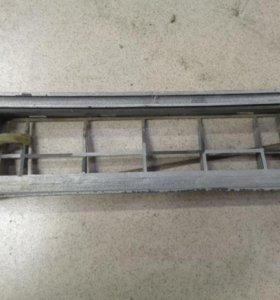 Решетка вентиляционная  Хендай, Хундай Акцент 2000-2012.  9751025000
