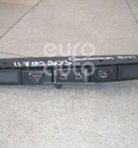 Блок кнопок Chrysler Voyager/Caravan (RG/RS) 2000-2008; (04685925AA)