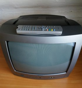 Телевизор б/ у.На кухне удобно установить.