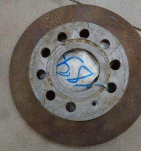 Диск тормозной задний  Фольксваген Джетта 6 2011>.  5C0615601