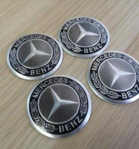 Комплект наклеек на колпак ступицы колеса Mercedes