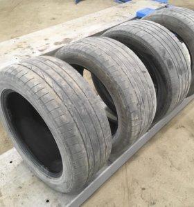 Резина летняя 265/50 R19 Bridgestone.