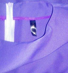 Костюм :юбка и блузка