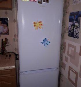 Холодильник, кровать 2х, стиральная машина
