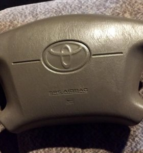Подушка безопасности в руль Toyota