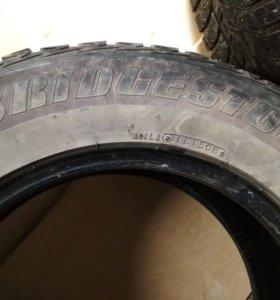 Зимние шины Bridgestone Бриджстоун (235/65 r17)
