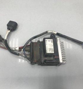 Блок управления вентилятором на Audi A6 C6