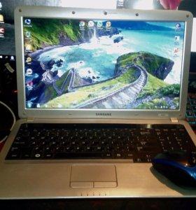 Ноутбук Samsung i3