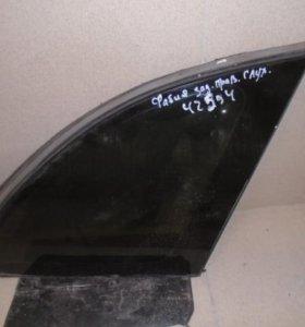 Стекло кузовное глухое правое  Шкода Фабиа 1999-2007.