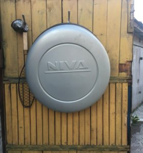 Колпак на запросное колесо Niva