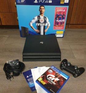Playstation 4 PRO на гарантии