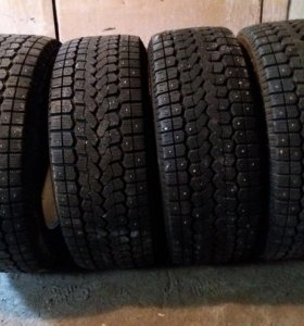 235/55 R17 Yokohama Ice Guard F700 4шт