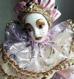 Фарфоровая кукла Remeco Collection Harlequin