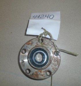 Ступица задняя  Шкода Фабиа 1999-2007.  6Q0598611