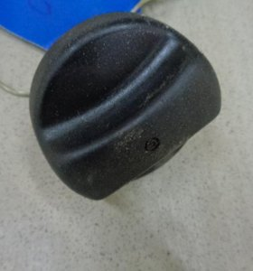 Крышка топливного бака  Шкода Фабиа 1999-2007.  1J0201550AS01C