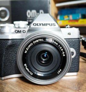 Olympus OM-D E-M10 Mark III kit 14-42ez