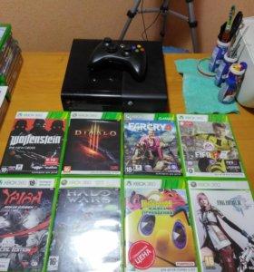 Microsoft Xbox 360 E 4 gb + 8 игр