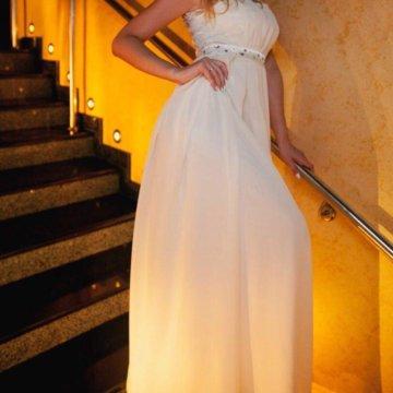 вечерние платья в саратове и энгельсе фото внимание