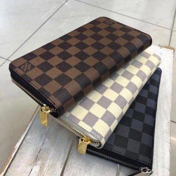02e37f794a8c Обложка на паспорт Louis Vuitton – купить в Санкт-Петербурге, цена 2 ...