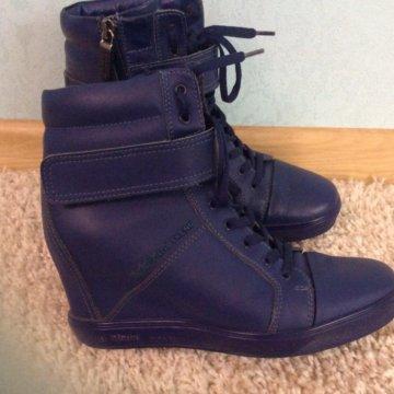 Туфли женские, осенние PRADA (Милан) 37 размер – купить в Кущевской ... aebd73a2d6d