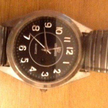Военные продам часы часов настенных старых скупка
