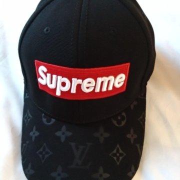 Кепка Supreme x Louis Vuitton  Бейсболка Louis Vuitton Supreme черная 9f414566e57