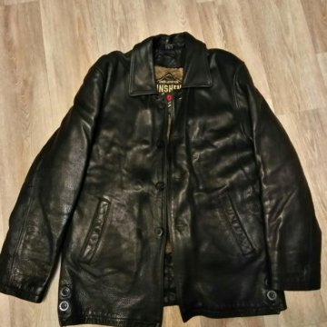 22b54b56fef Куртка