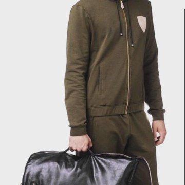 Спортивный костюм Billionaire – купить в Санкт-Петербурге, цена 4 ... 645c01e4d92