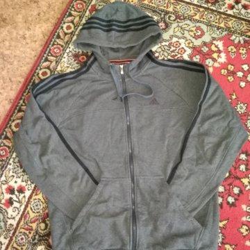 85e72599f2b582 Свитшот adidas original – купить в Перми, цена 700 руб., продано 2 ...