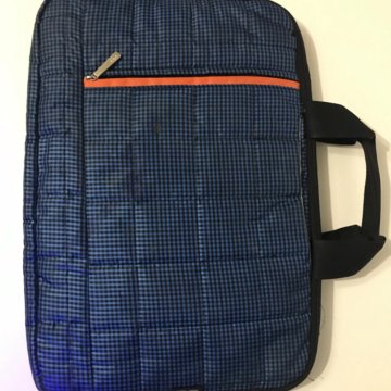 de412e22f63a Сумка под ноутбук – купить в Красноярске, цена 600 руб., продано 29 ...