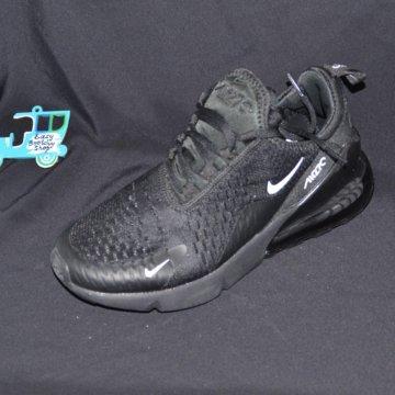 03cf3d45 ... Кроссовки Nike Air Max 270 Black