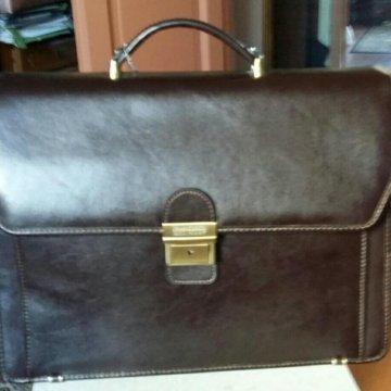 781e96160985 Кожаный советский портфель – купить в Москве, цена 1 000 руб ...