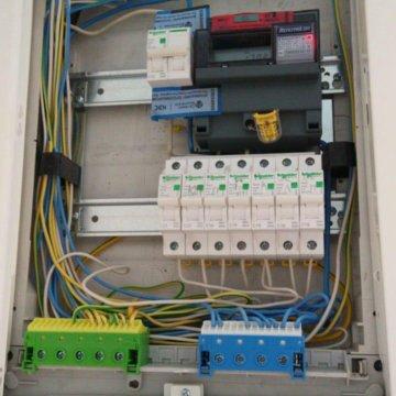 Отличие электрика от электромонтажника