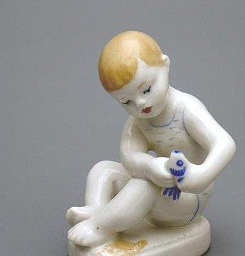 статуэтка фигуристка