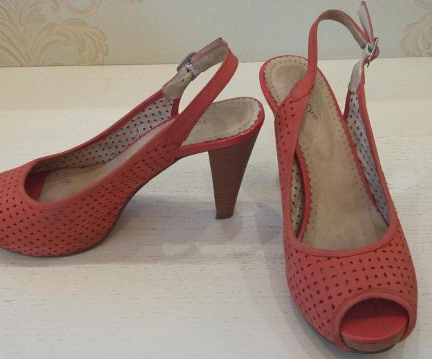 Туфли, босоножки кожаные на каблуке. Фото 2. Воронеж.