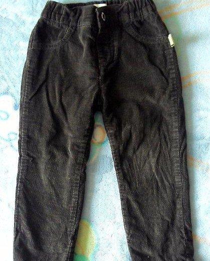 Вельветовые утепленные брюки на мальчика 1,5-2,5 л. Фото 1. Владивосток.