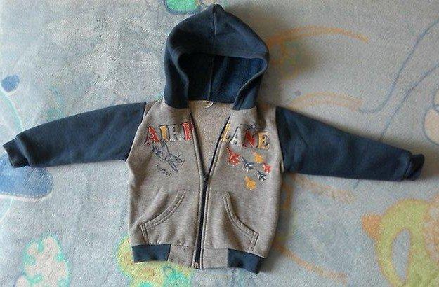 Теплые кофточки на ребенка 1,5-2,5 лет. Фото 1. Владивосток.