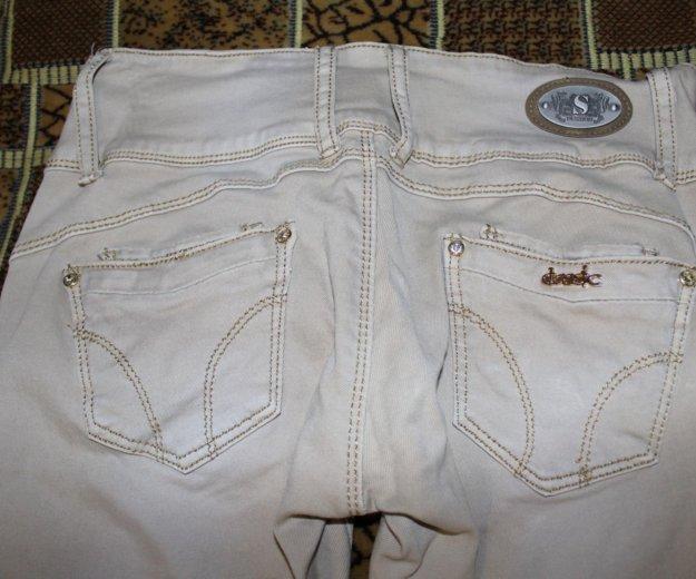 Светлые джинсы. Фото 2. Чебоксары.