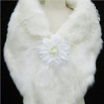 Новая меховая свадебная накидка. Фото 1. Санкт-Петербург.