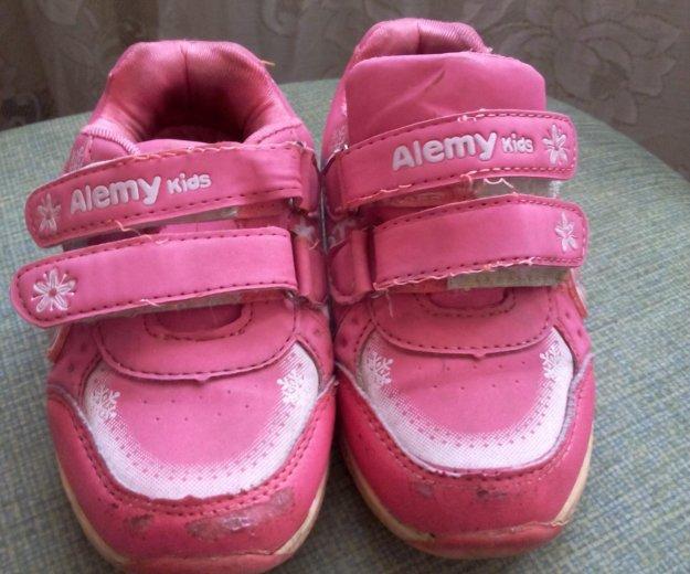 Кроссовки на девочку. Фото 3. Кемерово.
