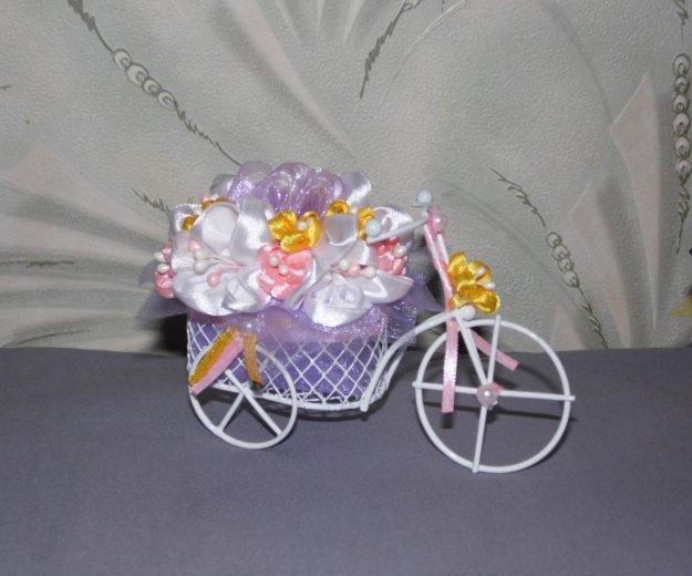Велосипедик с цветами. Фото 1. Москва.