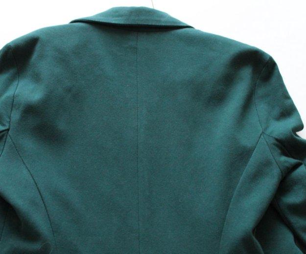 Маленький пиджак lulu castagnette. Фото 2. Бор.