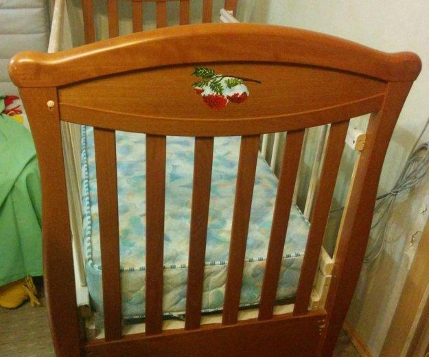 Кроватка детская. Фото 1.