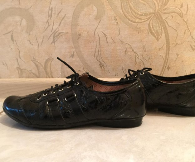 Туфли , натуральная кожа, лак. Фото 1. Новоуральск.