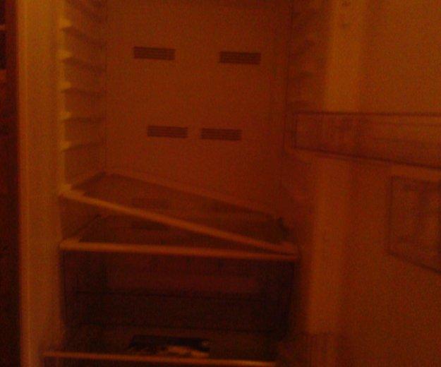 Холодильник б/у требует ремонта. Фото 2.