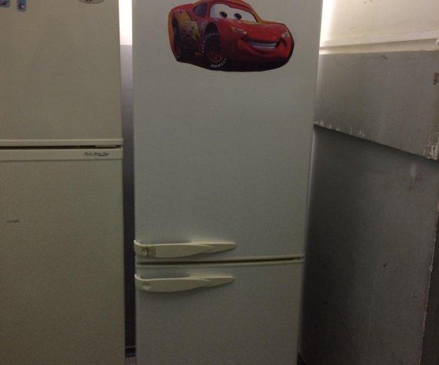 Холодильник бу стинол (трещина на ручке). Фото 1. Санкт-Петербург.