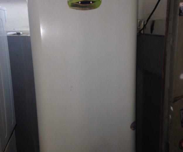 Холодильник бу indesit frogling 196 см. Фото 1. Санкт-Петербург.