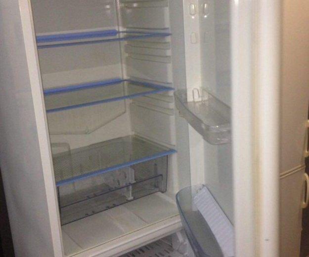 Холодильник бу indesit frogling 196 см. Фото 2. Санкт-Петербург.